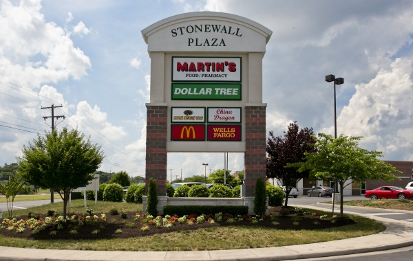 Stonewall Plaza Shopping Center