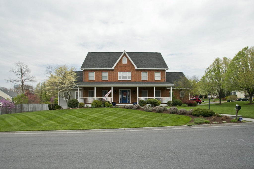 Residential Grounds Maintenance in Winchester, VA