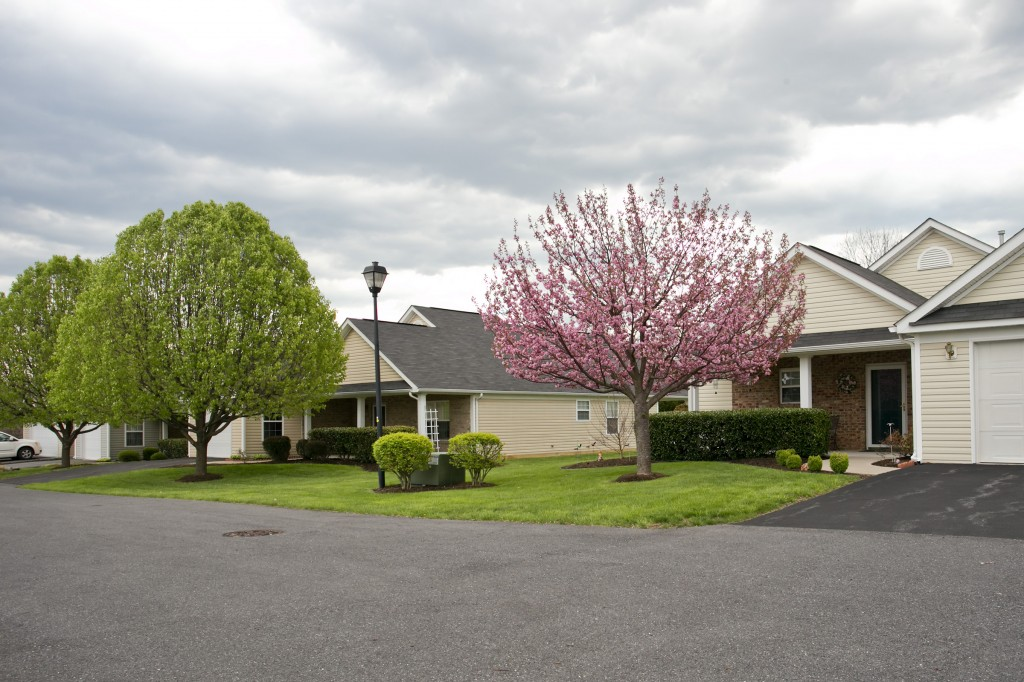 Wakeland Manor - HOA Property Management and Landscape Maintenance at Woodbrook Village HOA in Winchester, VA